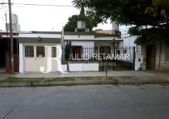 VENTA Casa Barrio Ameguino Sur - 2 dormitorios